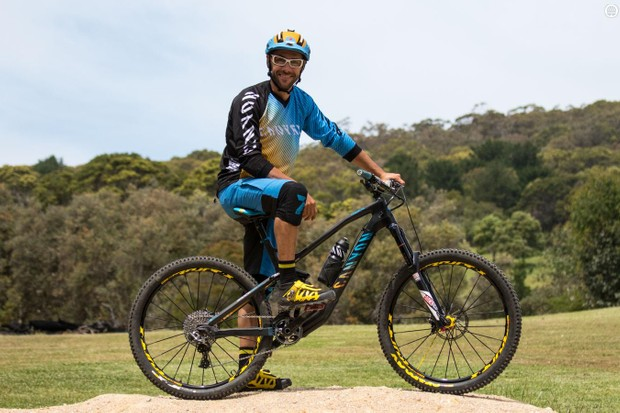 Fabien Barel and his 2015 Canyon Strive CF Team Race 'training' bike