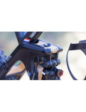 A closer look at the hidden Canyon Shapeshifter gas lever