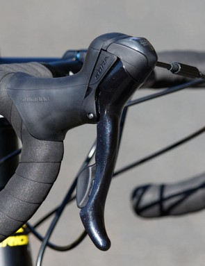 Shimano Sora nine-speed shifters work just fine. The hoods are quite large though, and small-handed riders may find more comfort in upper-tier models
