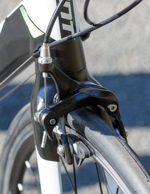 Like all too many bikes at this price point, the Giant Defy 3's brakes lacked stopping power