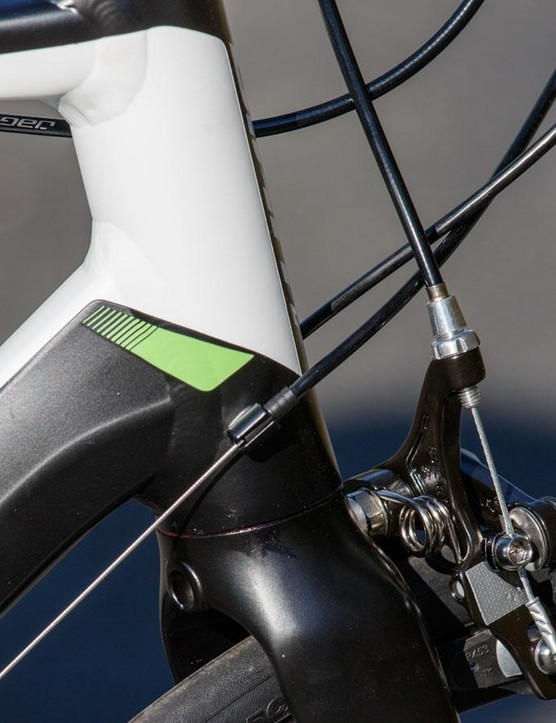 External cable routing for the Defy 3: it may not be pretty, but it makes maintenance simple