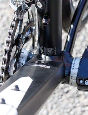 Wide and flat. That's the theme of the Defy's frame, and it continues at the bottom bracket too
