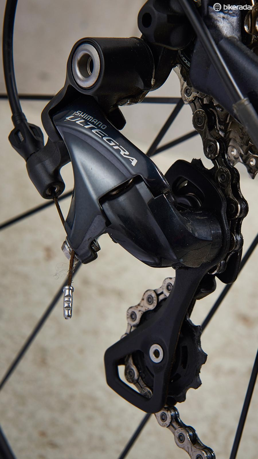 Full Ultegra – minus chain – is great to see at this price