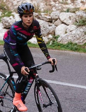 Directeur sportif Beth Duryea has said the kit has been turning heads out in Mallorca