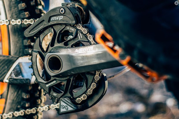 The SXg could be the chain guide we've been waiting for