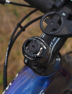 Specialized's SWAT top cap chain tool tucks away discreetly inside the steerer tube, always ready to use when needed - provided you've remembered to also pack a mini-tool to operate it