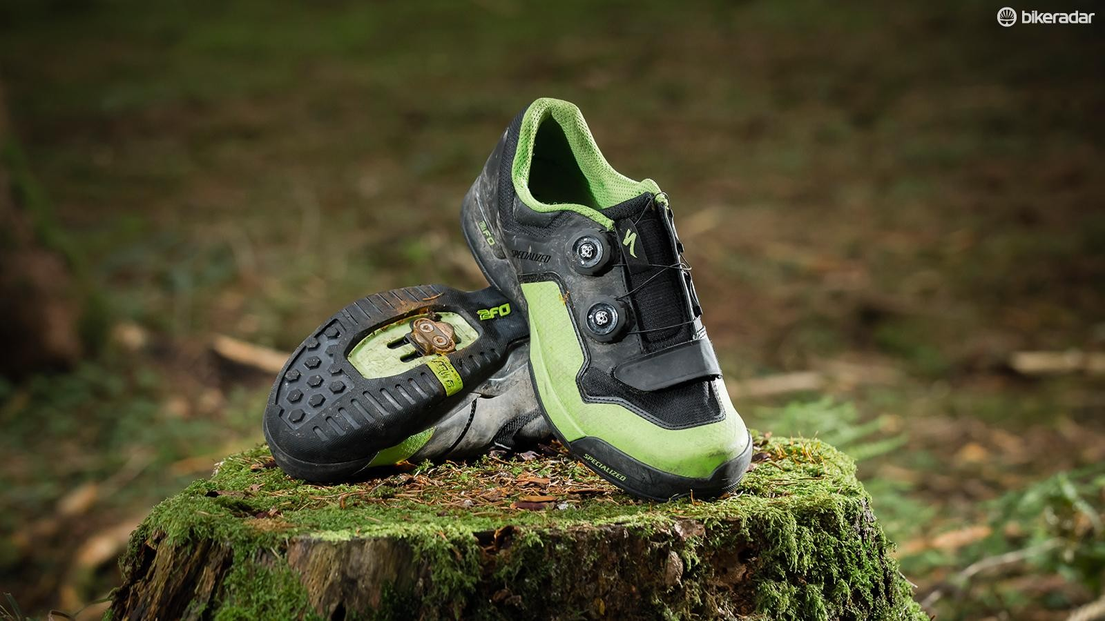 Specialized 2FO ClipLite shoes stay secure and comfy on long rides