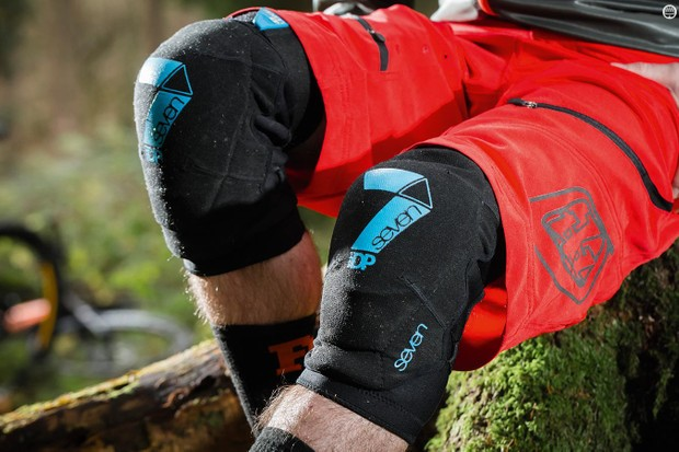 7iDP Flex knee pads