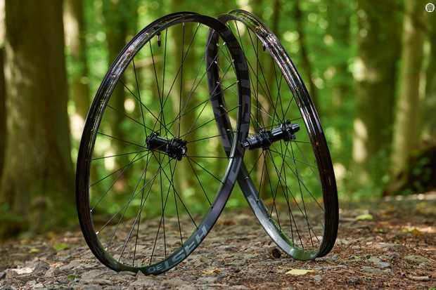 Easton's Heist 30 650b wheelset remained stayed maintenance-free during our test period