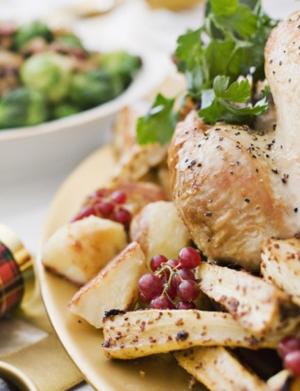 Christmas dinner — choose wisely and it's a tasty meal that packs a nutritious punch