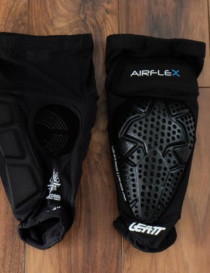 In addition to protection over the front of the knee, the Leatt Airflex Pro knee pads have padding on the sides of the knee and lower thigh