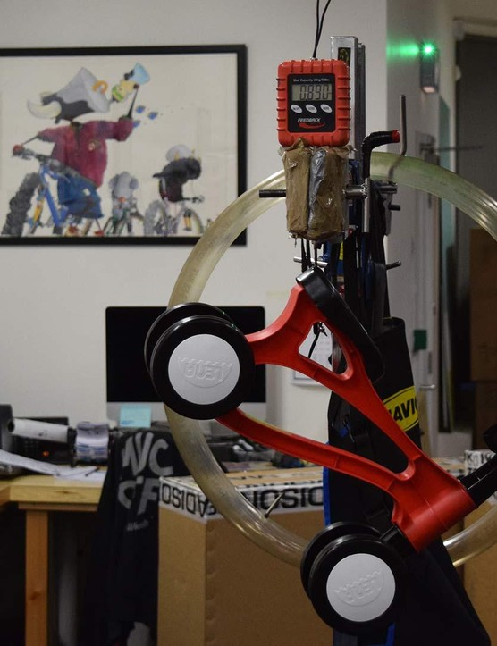 At 890g the Toddlebike weighs less than some tyres