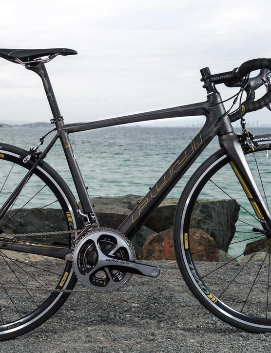 We now have our hands on the 2016 Fuji SL 1.5. It's extremely light, and there's an even lighter version available!