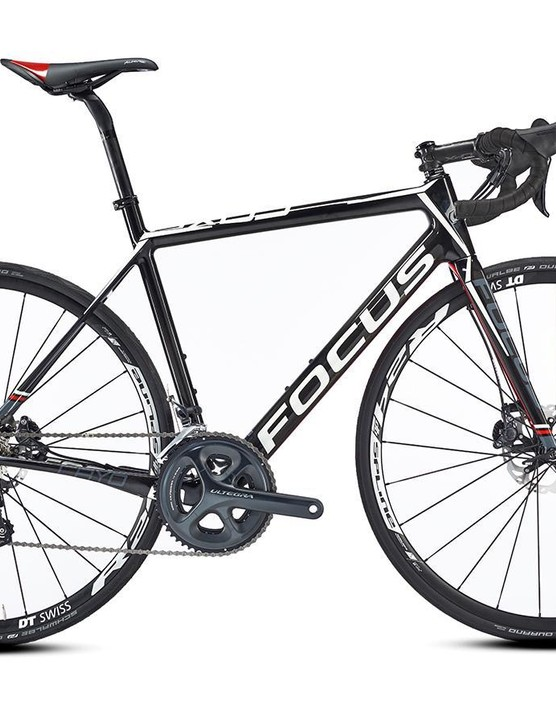 Disc brakes hit the pro peloton for the first time in 2015