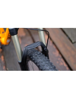 The widely stanced 150mm-travel Fox 34 fork
