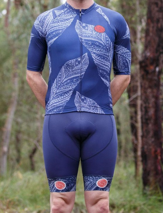 The Australian-designed Spin Cycle FeatherLight half sleeve jersey and bib shorts is made for hot days