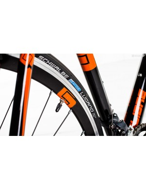 Schwalbe's Lugano tyres roll smoothly and are tough enough for commuting