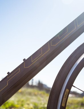 Though we're not usually fans of gold on bikes, the SL 1.5 has just the right amount of bling