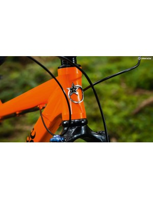 A 44mm head tube gives maximum flexibility