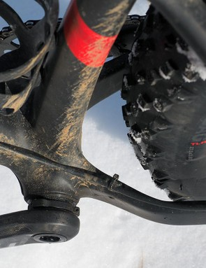 Tire clearance is impressive all around and there's almost nowhere for snow or mud to build up