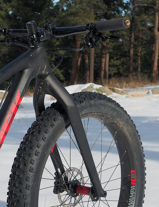 Trek outfits the top-end Farley 9.8 model with a rigid carbon fork to save weight but the dimensions match a sagged RockShox Bluto should you decide to add suspension later