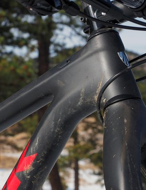Internal cable routing makes for an impressively clean looking front end