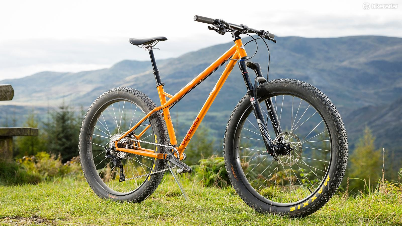 Genesis' Tarn 20 is an outstanding plus-sized hardtail