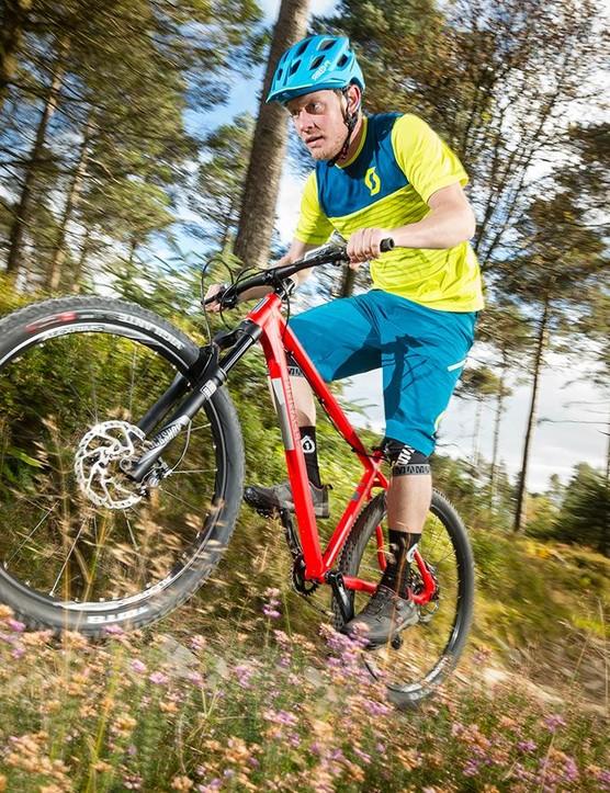 For an aluminium bike, the Iroko is surprisingly forgiving