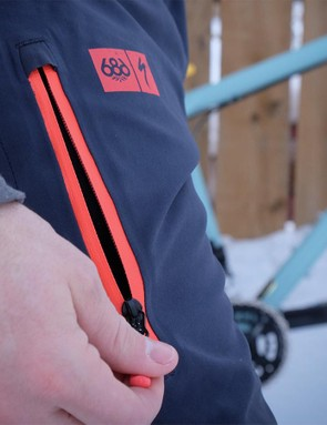 The 3L Tech Bibs have thigh vents to help regulate the rider's temperature