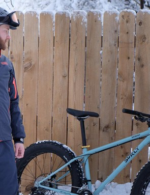 The 3L Tech Jacket is constructed from the same three-layer softshell fabric as the bibs