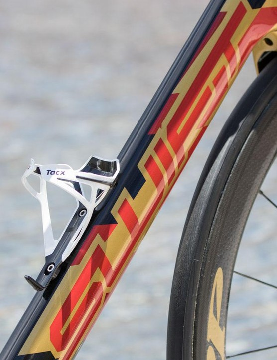 A close look at this rather special paint for Drapac's Graeme Brown