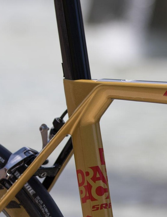 An ultra-flat top tube is certainly aero, although those seat stays are proof of the focus on ride quality