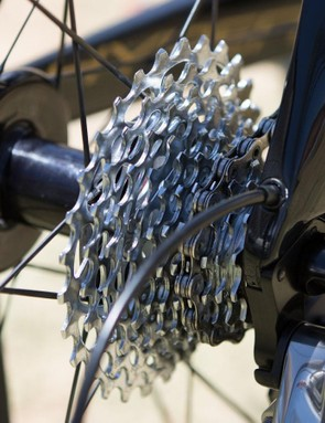 Cable routing continues to the back of the dropout, leading to a short loop of cable housing for mechanical drivetrains