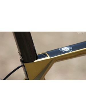 Integrated seat post clamp provides a sleek profile
