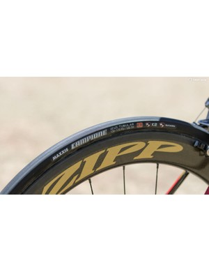 For 2016, Drapac is now on Maxxis rubber. Here, the Campione 25c tubular's are being used