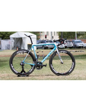 Ag2r on the Focus Izalco Max get new colours and SRAM eTap shifting