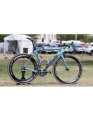 Riding celeste Bianchi's is the Dutch team LottoNL-Jumbo