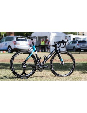 Team Sky has new colours, as seen on this 2016 Pinarello F8