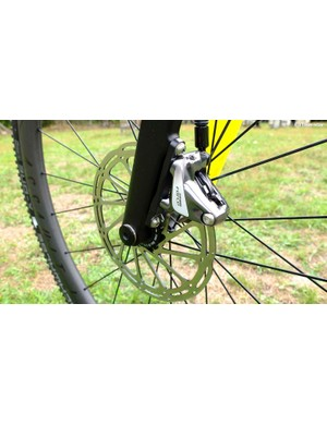 The hydraulic disc brake rotors vary in diameter depending on the frame size. My medium model had 160mm up front with 140mm rear