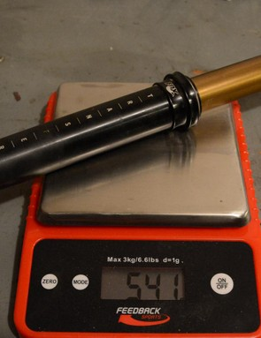 The post, without cable or remote, weighed 541 grams on my scale