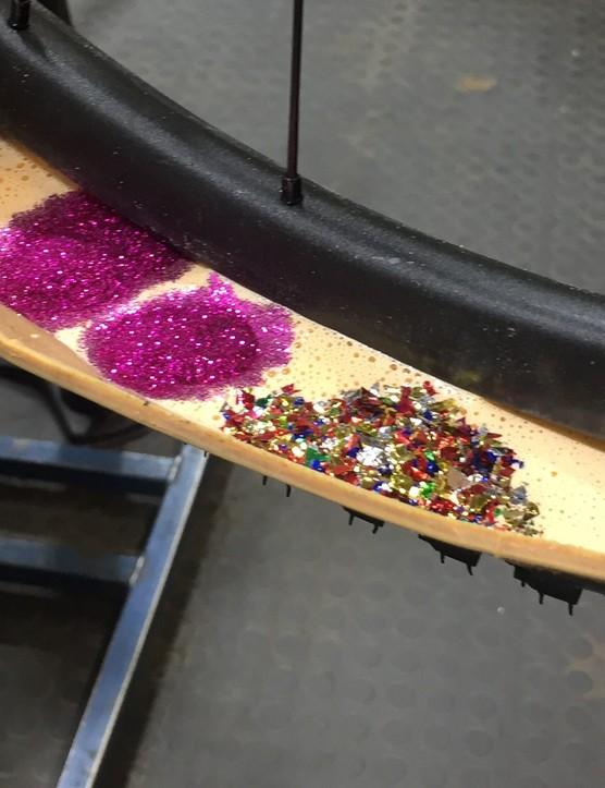 Glitter in sealant