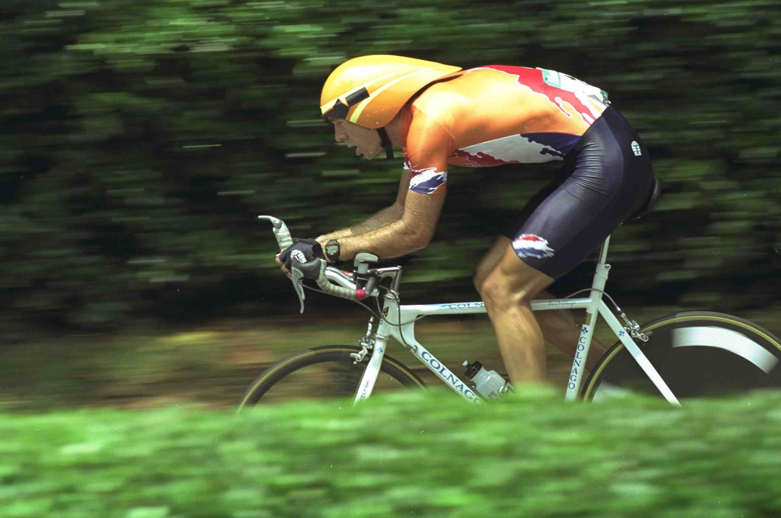 Rabobank GM Erik Breukink knows how to time trial (1996 file photo).