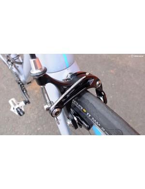 Familiar-looking skeleton brake calipers stop reliably