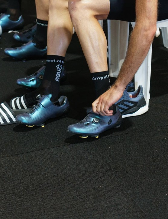 Team Jumbo-Visma wears Shimano's S-Phyre RC901 shoes in an unreleased pearlescent finish