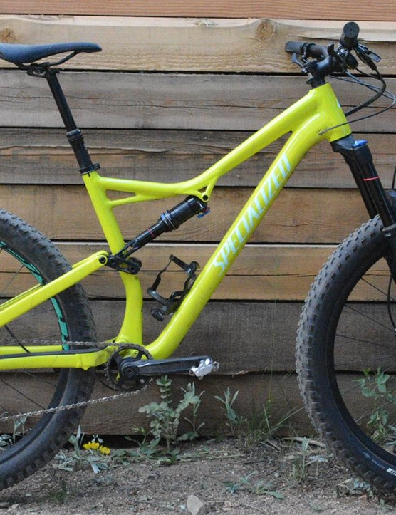 Specialized offers three versions of the Stumpjumper Comp Alloy, this one has the curiously named 6Fattie wheels and tires