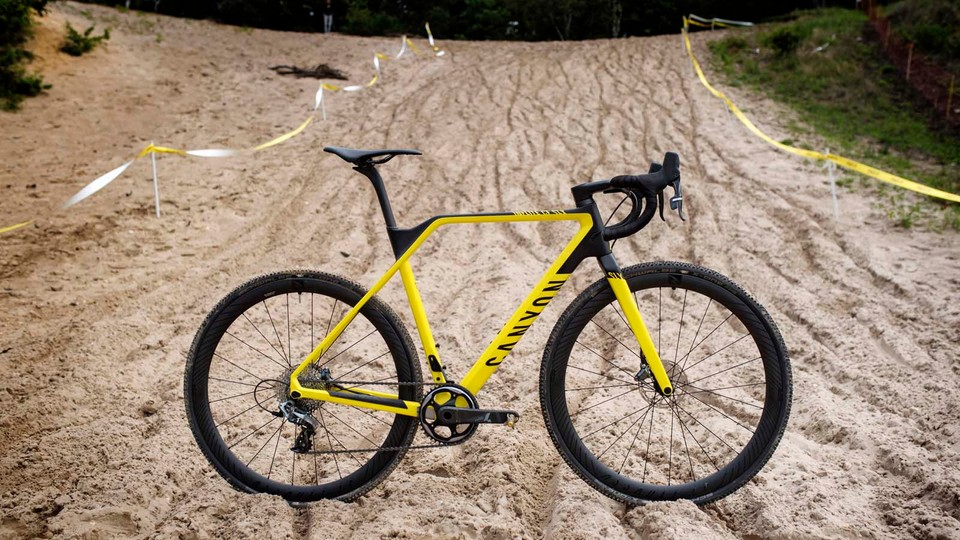 Canyon Inflite CF SLX first ride review - BikeRadar
