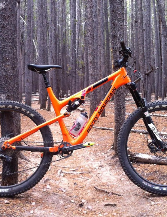 27.5+, carbon and very orange, meet the Rocky Mountain Pipeline 750 MSL