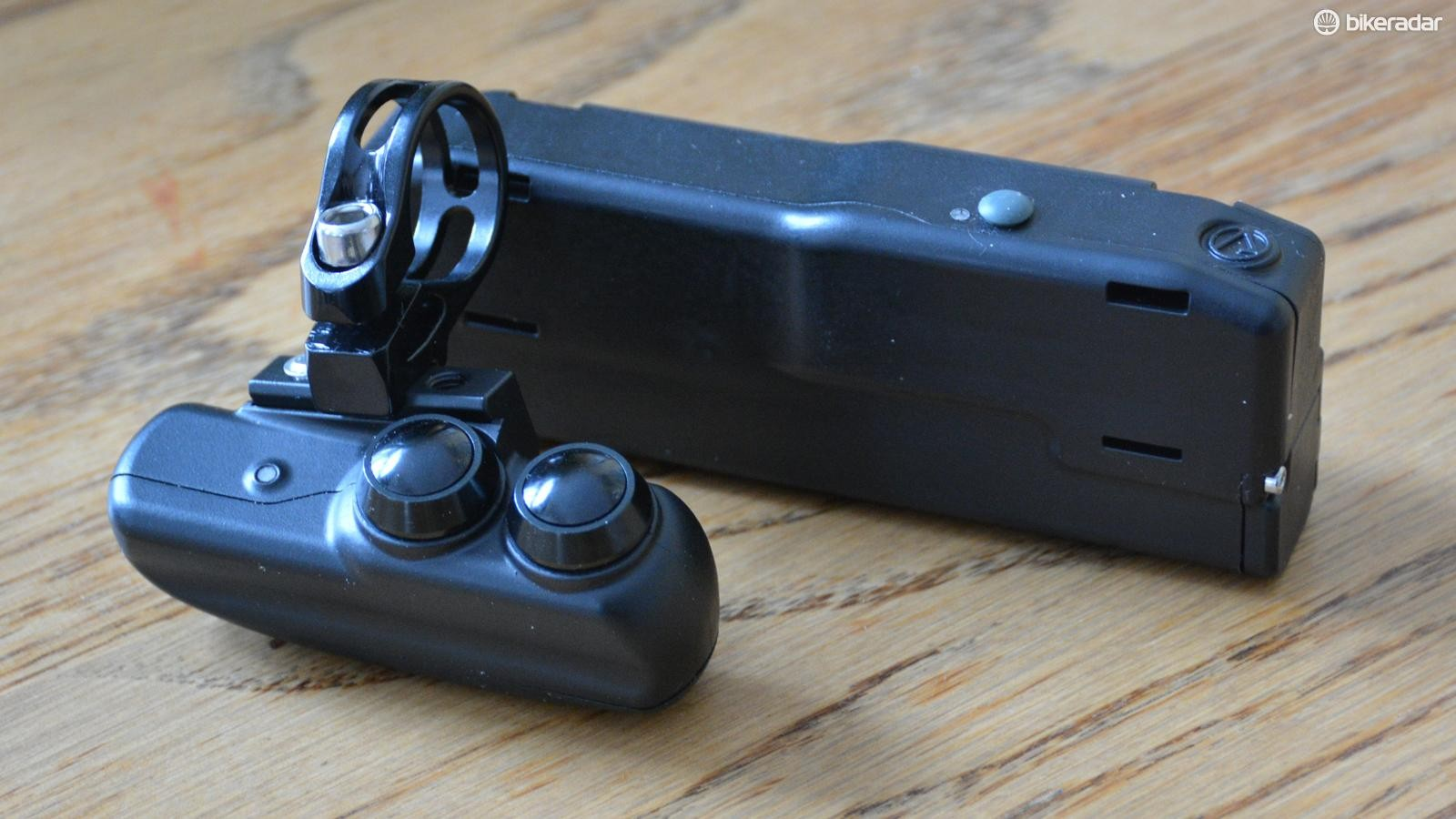Archer Components D1x is a wireless shifter that's claimed to work with any drivetrain