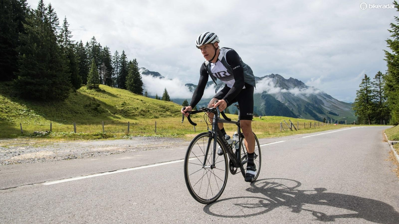 The new Giro Chrono road clothing features Italian fabrics and design