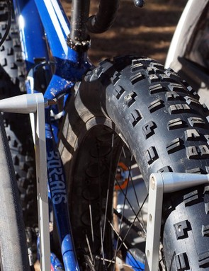The optional fat bike spacer kit easily swallows 5in-wide tires but still works pretty well with road-sized rubber. For extra security, there's an optional plastic reducer that quickly snaps into place (not shown)